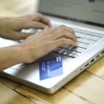 Valoarea taxelor locale plătite cu cardul pe internet s-a triplat în primele 2 luni din 2014