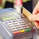 Comisioanele impuse de bănci comercianţilor ar putea fi limitate