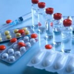 Cât de des cumpără românii medicamente şi câţi bani alocă?