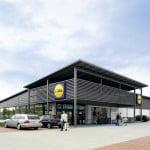 Lidl modernizează două magazine din București