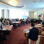 """Importanţa reţelelor sociale, discutată la """"Social Media Business Forum"""""""