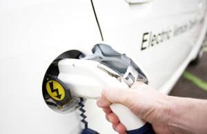 Evoluția mașinilor electrice în România