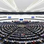 PE a aprobat împrumutul de 1,8 miliarde de euro pentru Ucraina