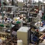 Cifra de afaceri din industrie, în scădere în aprilie