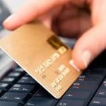 Cardurile, cea mai utilizată metodă de plată a vacanţelor
