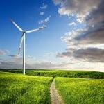 Mai este România atractivă pentru investiţiile în energia regenerabilă?