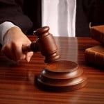 Încă un proces privind clauzele abuzive a fost câştigat de cei care au luat credite