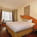 Patronatele din turism solicită o listă cu hotelurile și restaurantele fără licenţă