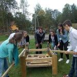 Proiect inovativ: Elevii români au proiectat un loc de joacă pentru copii care produce energie