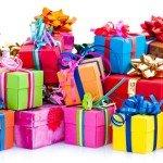 Atenţie la cadourile de Crăciun:  3,7 miliarde euro, cheltuiți în 2015 pe cadouri neapreciate