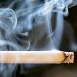 Fumatul, interzis în locurile publice