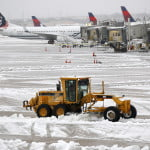 Zboruri cu întârzieri din cauza vremii, pe Aeroportul Otopeni şi Băneasa