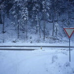 Avertizare MAE. Cod Galben de ninsori şi polei în Bulgaria