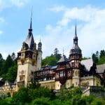 Câţi străini au vizitat România, în luna august?