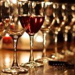 Într-o zi obișnuită, un sfert dintre români consumă băuturi alcoolice