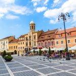 Câţi bani au cheltuit turiştii străini în România?