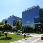 Alpha Bank prelungeşte contractul cu West Gate