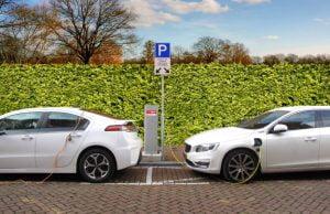 Vanzarile de masini electrice