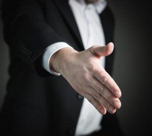companii care fac angajari