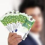 Câţi bani deţin românii la bănci?