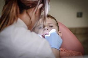 Clinicile Dentare Dr. Leahu angajari