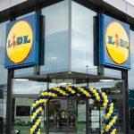 Lidl inaugurează în București un nou magazin, care dispune de o suprafață verde de peste 2.700 metri pătrați