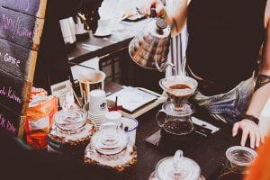 Restaurante si cafenele - evolutia vanzarilor